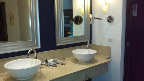 Hard Rock Hotel & Casino Punta Cana: Banheiro