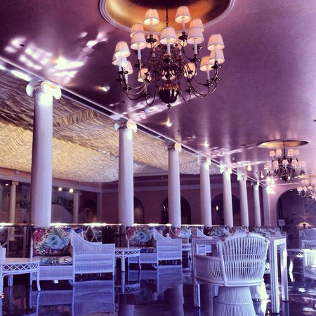 The Greenbrier: Indoor pool