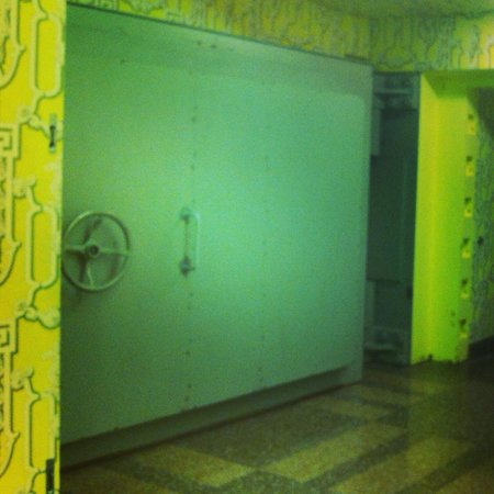 The Greenbrier: Entrance to the Cold War bunker