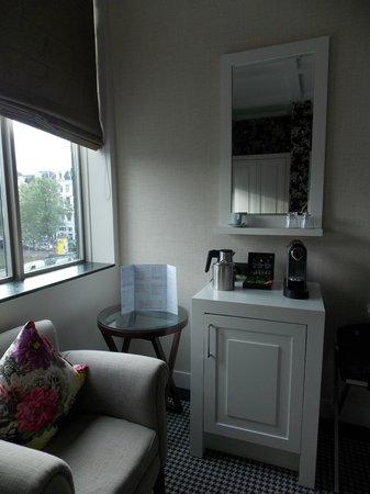 Hotel Notting Hill: Coffee machine