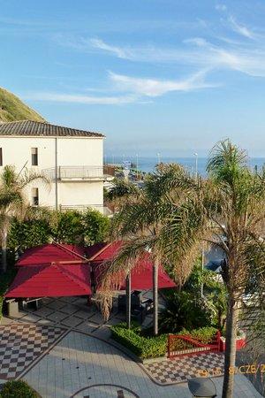 Grand Hotel La Tonnara: Widok z hotelu