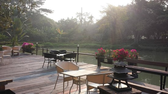Lampang River Lodge: Entrée