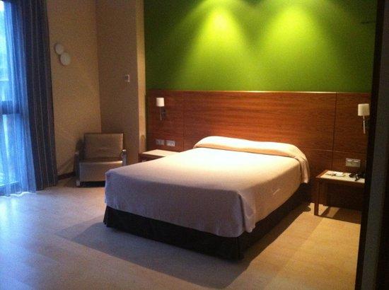 Sercotel Hotel Gran Bilbao: Comfy bed