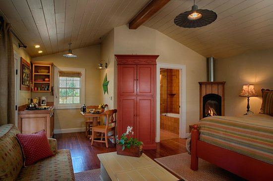 The Cottages of Napa Valley : kitchenette