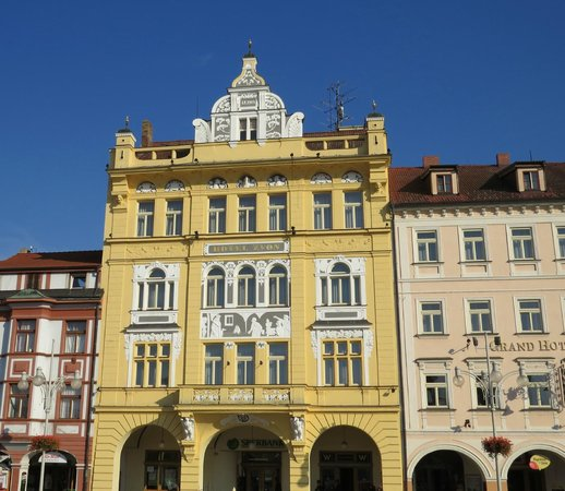 Grand Hotel Zvon: The historic building houses the hotel