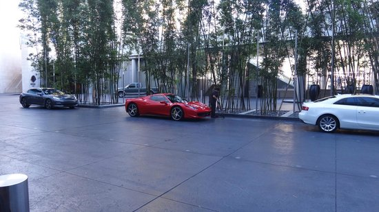 Mandarin Oriental, Las Vegas : notre voiture de location ! ( pas pratique d'ailleurs )