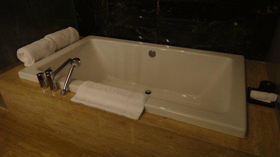 Mandarin Oriental, Las Vegas : baignoire pour deux , bons moments en perspective