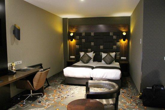 Hotel Golden Tulip Amsterdam West: Das andere Bett in unserem Dreierzimmer