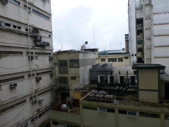 Hampton Inn by Hilton Guayaquil-Downtown : The view from our room left a lot to be desired - good thing we weren't there for the view!