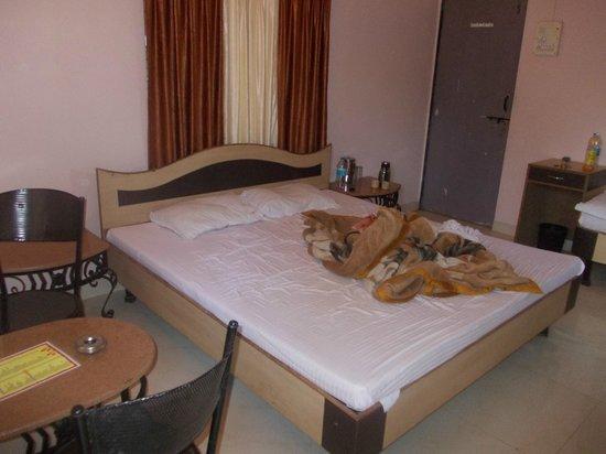Krishna Continental: Bed