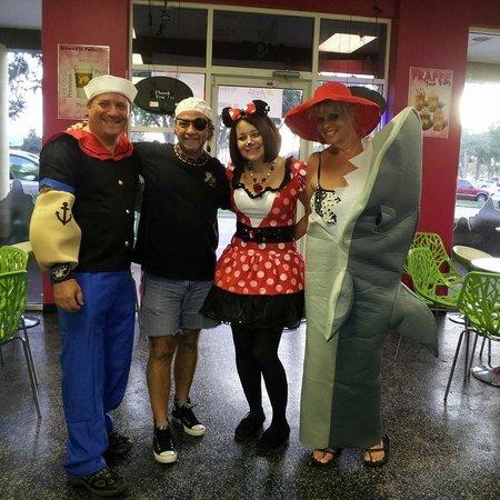 Yofresh Yogurt Cafe : Halloween fun at  YoFresh.