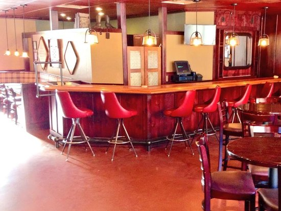 Zion Canyon Brew Pub : Newly remodeled Brew Pub bar top!