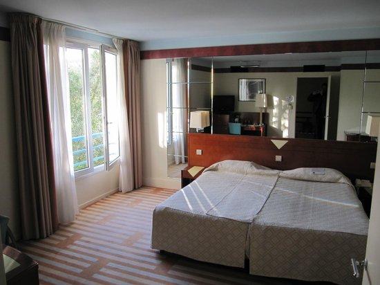 Hotel Helianthal : отель