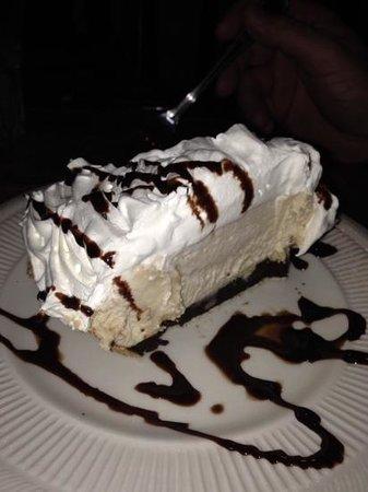 The Fox & Hounds Restaurant & Tavern: peanut butter pie-delicious!!!