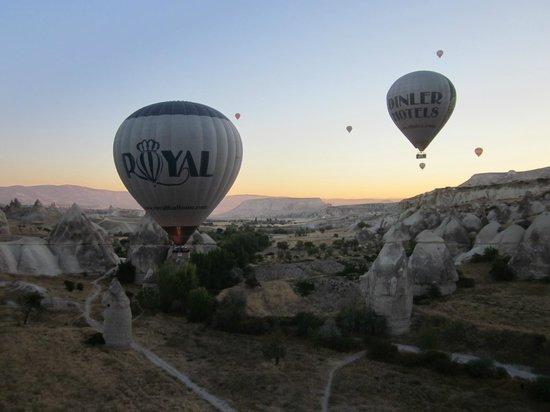 landing - Picture of Royal Balloon - Cappadocia, Goreme ...
