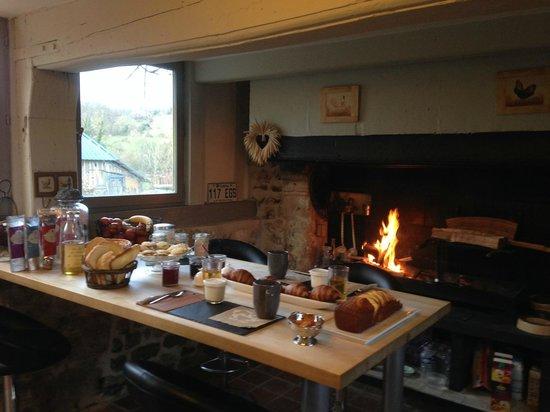 La Maison de Christelle: Un petit dejeuner pour 2 personnes... Royal !