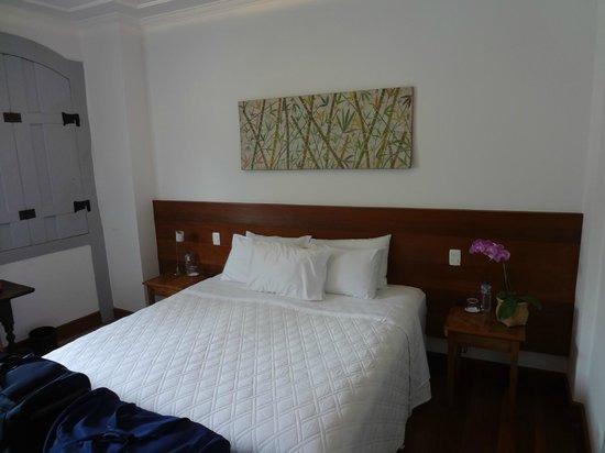 Casa Colonial Paraty: Bed