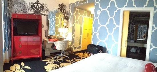Kimpton Hotel Monaco Philadelphia : deluxe king room