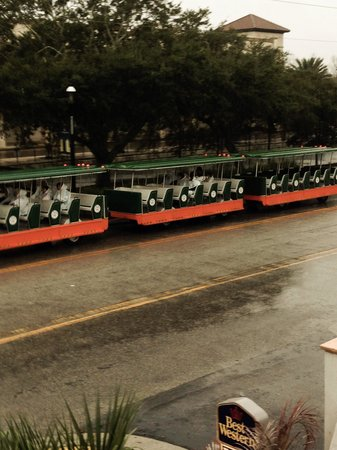 Best Western Spanish Quarters Inn : The Trolley in St. Augustine 2/8/2014