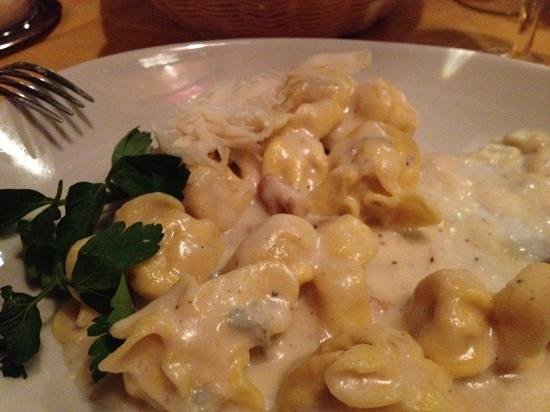 L'Immagine Ristorante Bistrot : pasta gevuld met peer en blauwe schimmelkaas, hmmmmmm