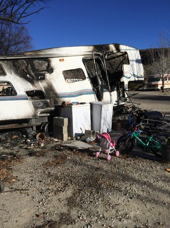 Pyramid Lake RV Resort: Burned out trailer