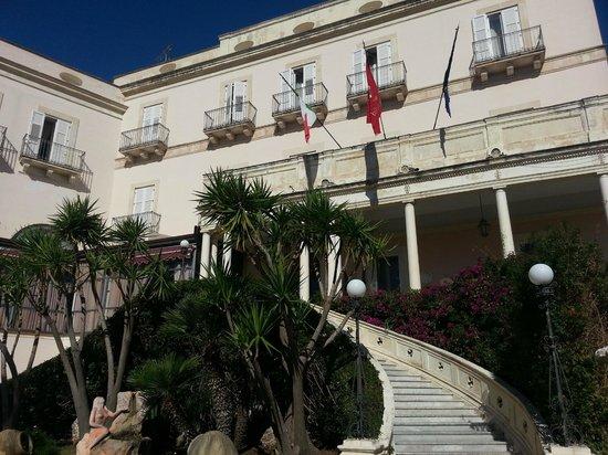 Grand Hotel Villa Politi: Esterno hotel