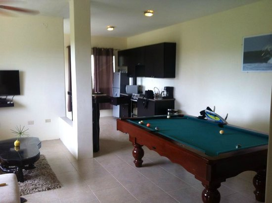 ME Hotel in Montanita Estates : Living room, pool table, kitchen, open spaces