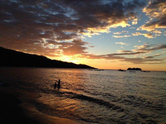 Villa del Sueno: Beach few minutes walk away.
