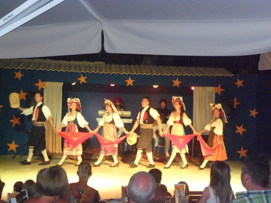Louis Corcyra Beach Hotel: Greek dancers to entertain you