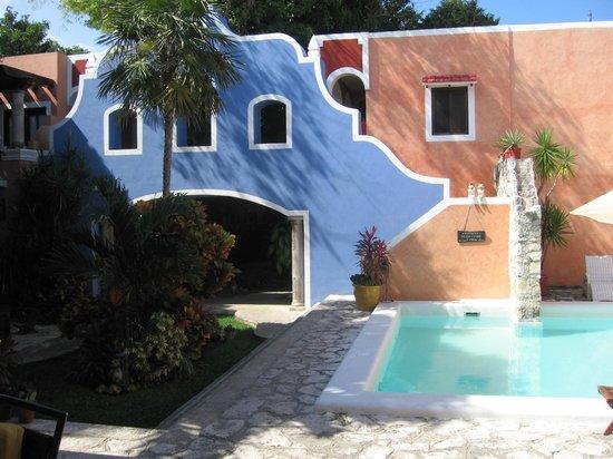 Hotel Casa de las Flores Playa del Carmen: CHIOSTRO