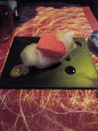 AQUA Restaurant : Dessert onctueux et savoureux de st valentin