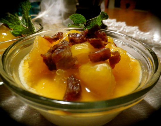 Carriage House Bed and Breakfast : Warm Winter Fruit Salad