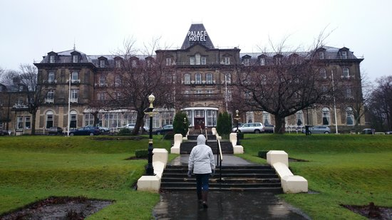 The Palace Hotel: Rainy day in Buxton!