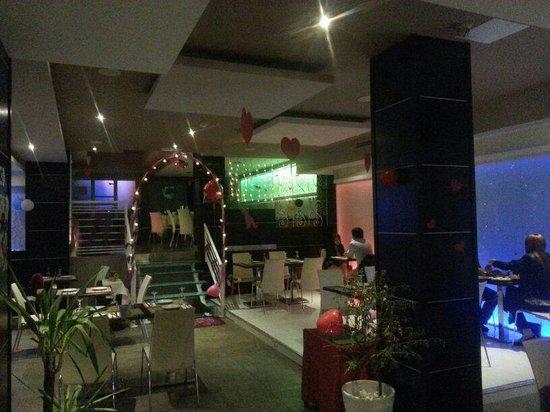 The Flora - Asian Fusion Restaurant : st valentines :)