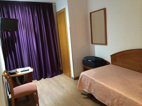 Hotel Cortes: Einzelzimmer