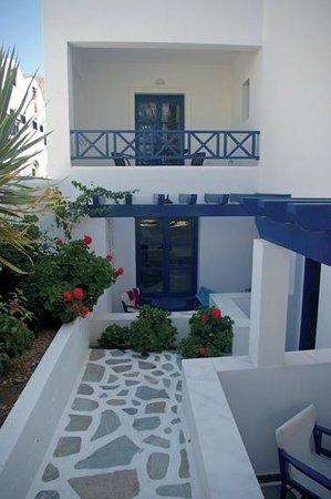 Veggera Hotel: View standard rooms.