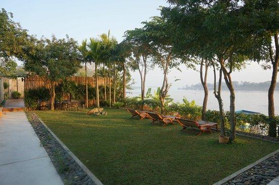 Serene at Chiangrai Hotel : Piscine
