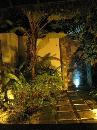 Velassaru Maldives : Salle de bain : un rêve ! (beach villa)