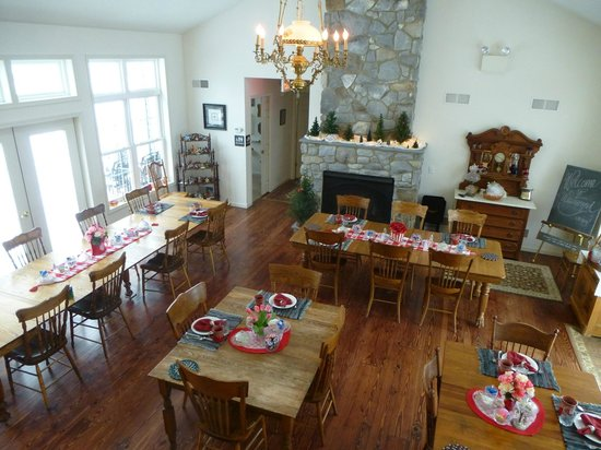 The Inn at Westwynd Farm: Breakfast room