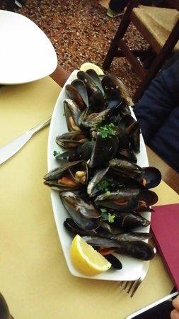 Osteria Sopra Il Mare: pepata di cozze