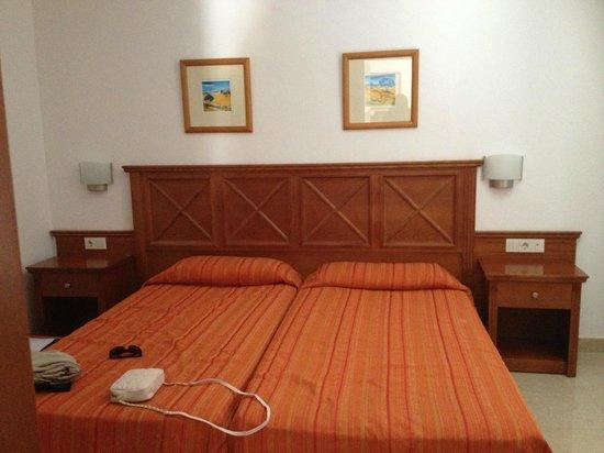 Broncemar Beach: спальня