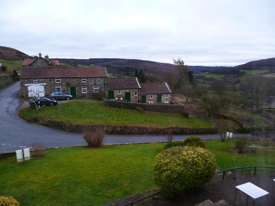 The Inn at Hawnby : View from main building across to Annexe accommodation