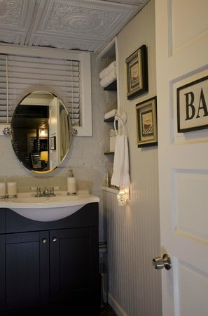 The One Bed and Breakfast: The Cellar Bath