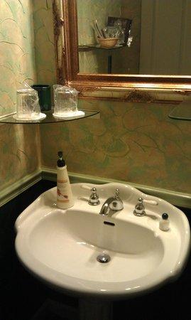 All Seasons Groveland Inn B&B : Ванная