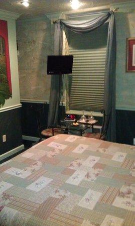 All Seasons Groveland Inn B&B: Комната