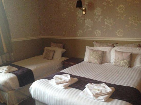 Ashfield House Hotel & Restaurant: Lovely room