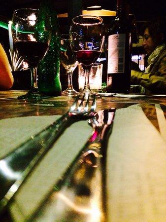 Moby Dick Pub: Detalhe da mesa.
