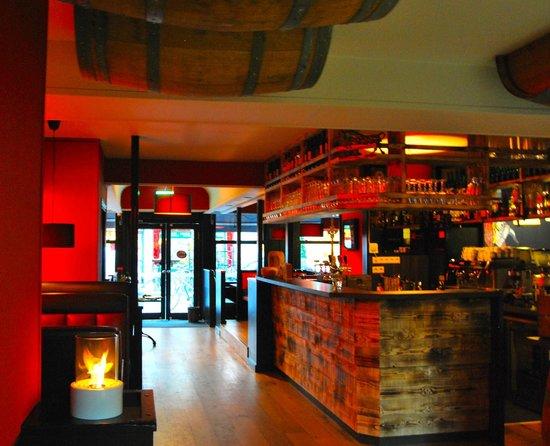 Steakhouse Carnal: Carnal 18