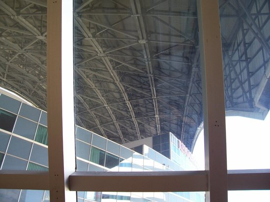 Renaissance Toronto Downtown Hotel: Fully retracted Rogers Center roof