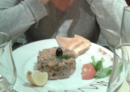 Le Clapotis : tartare 2 saumons... frais et un régal